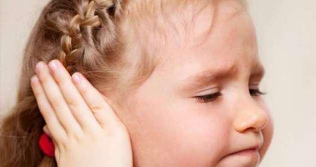 Почему горят уши у человека?