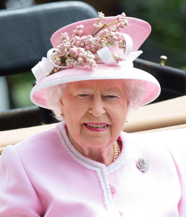 majesty queen elizabeth ii - 696×812