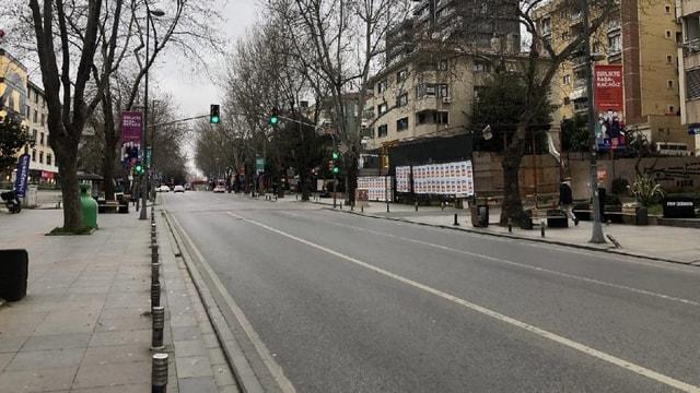 SON DAKİKA: İçişleri Bakanlığı'ndan sokağa çıkma yasağı genelgesi! Hafta sonu sokağa çıkma yasağı saatleri ve açık olacak yerler belli oldu!