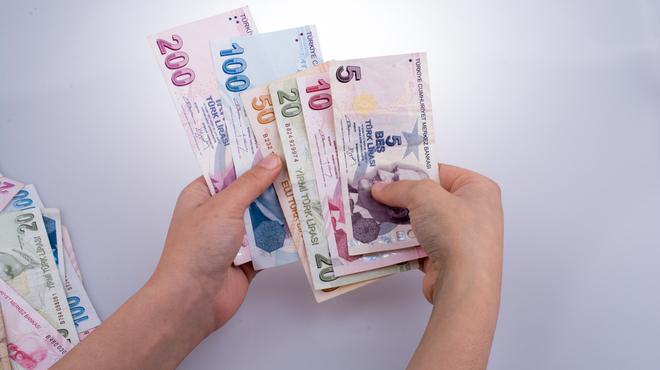 Memur ve emekliye zam! En düşük memur ve emekli maaşı ne kadar olacak?