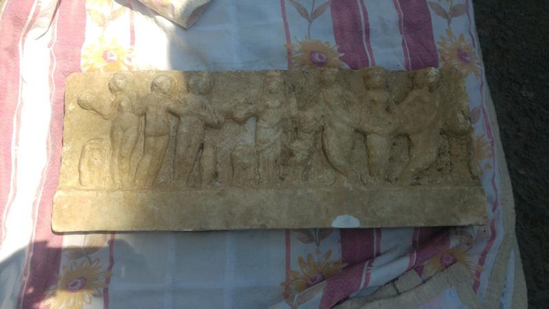 Yer: Ataşehir... Çamurun üstünden atlamak için kullandıkları taş Roma eseri çıktı!
