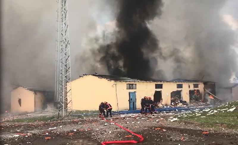 Son dakika: Sakarya'da havai fişek fabrikasında büyük patlama: Ölü ...