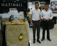 Kuzey Irak'ta ilk cok katlı magaza yatırımını yapan MaxiMall'un Genel Müdürü Kadir Çetin, bir yıl içinde 10 mağazaya ulaştıklarını söylüyor.