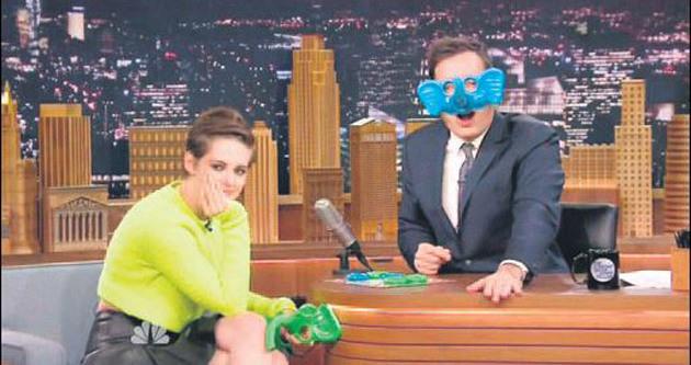 Kristen'ın burnu uzadı!