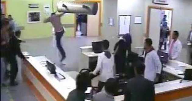 Doktora tekme tokat saldırı