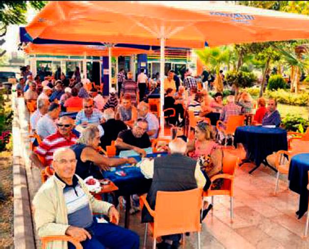 Emekliler Kahvesi 5 bin üyeyi geçti