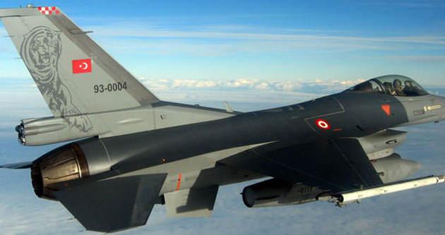 Savaş uçakları PKK'yı bombaladı