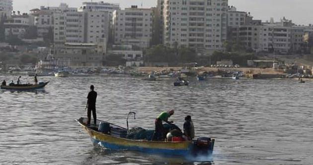 İsrail Filistinli balıkçılara ateş açtı