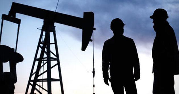 Rusya petroldeki düşüşe dayanabilir
