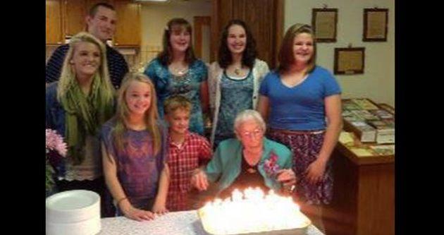 114 yaşında Facebook'u kandırdı!