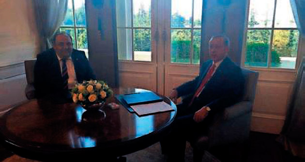 Erdoğan'la görüştü hizmetleri anlattı