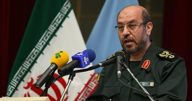 İran Lübnan'a silah gönderiyor