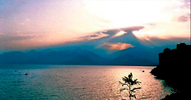Ahmet Hamdi Tanpınar'dan Antalya günlerİ