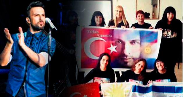 Latin hayranlarından Tarkan'a 42. yaş sürprizi