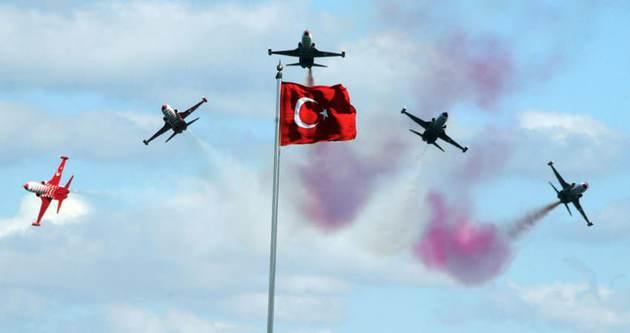 Türk Yıldızları'na ilginç sorular