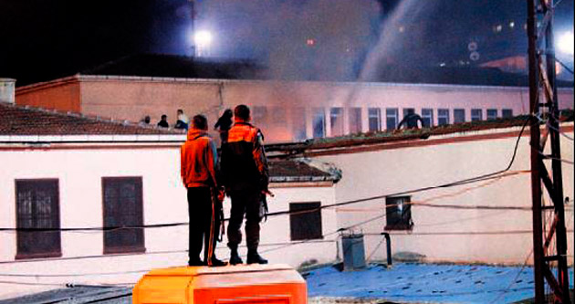 İzmit Cezaevi'nde isyan