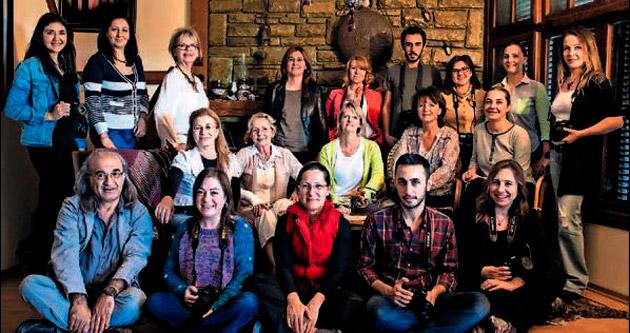Adana gelinlerine fotobiyografik öykü