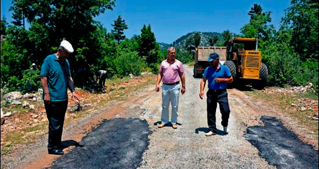Anamur'da asfalt çalışmaları