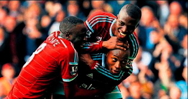 Manchester City'ye West Ham darbesi