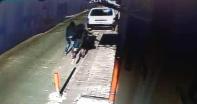 Kapkaççıyı kilisenin kamerası yakalattı