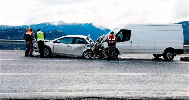 Doktor trafik kazası kurbanı