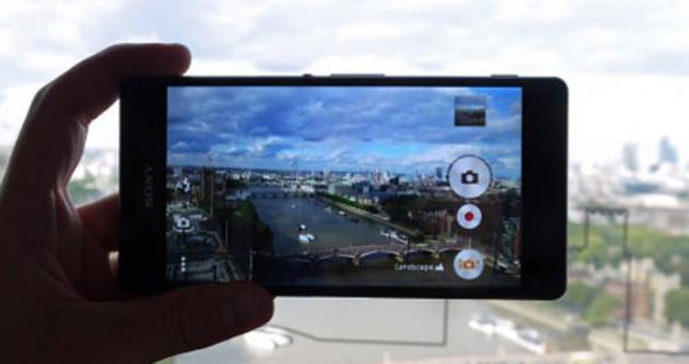 Xperia Z3'te pembe kamera sorunu