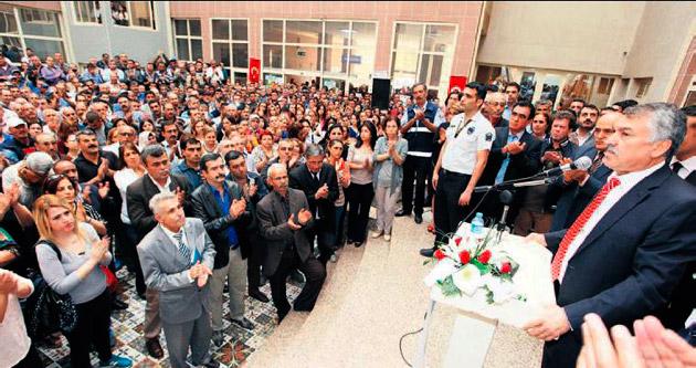 Seyhan Belediyesi'nde Cumhuriyet bayramlaşması