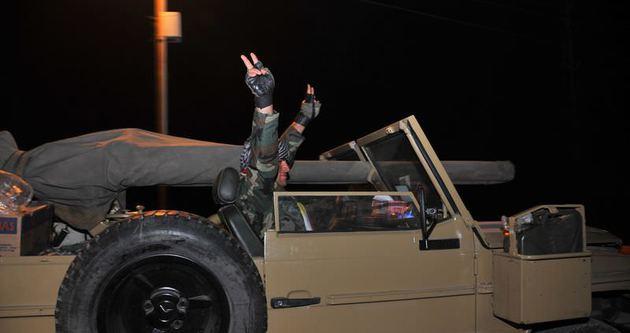 10 Peşmerge Kobani'ye geçti