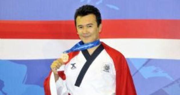 Milli tekvandocu Mevlüt Pekcan dünya şampiyonu