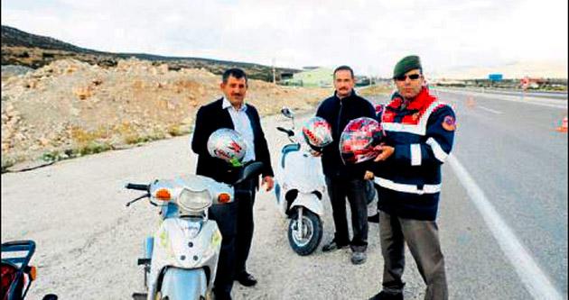 Motosikletlilere ücretsiz kask