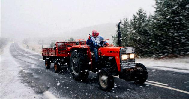 Kar başladı kış turizmi açılıyor
