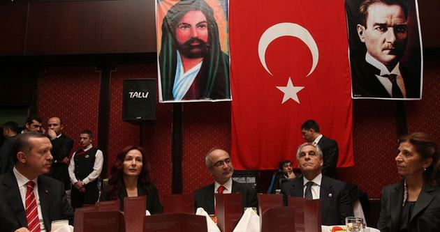 Erdoğan'dan Alevilere iftar