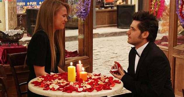 Sette sürpriz evlilik teklifi