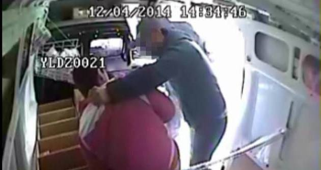 Maskeli soyguncular eski güvenlikçi çıktı