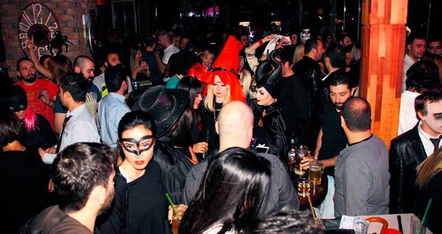 Ankaralılar'ın 'Cadılar Bayramı' eğlencesi