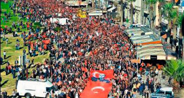 İzmir 'Ata'yı tek yürek olup anacak