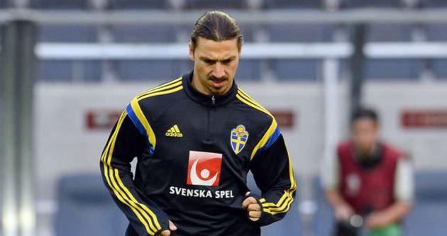 Ibrahimovic yeniden antrenmanda