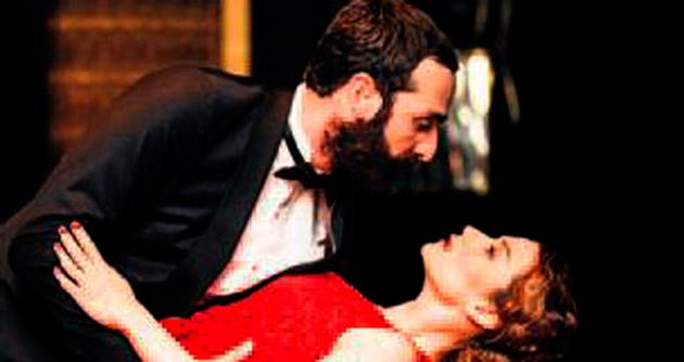 'Kertenkele'den tango gösterisi