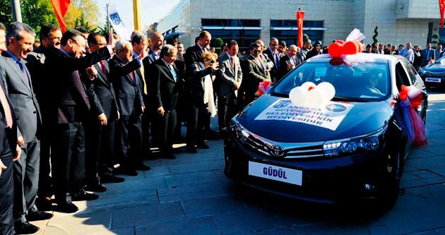 Büyükşehir'den araç