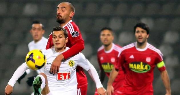 Eskişehirspor 90+5'te döndü