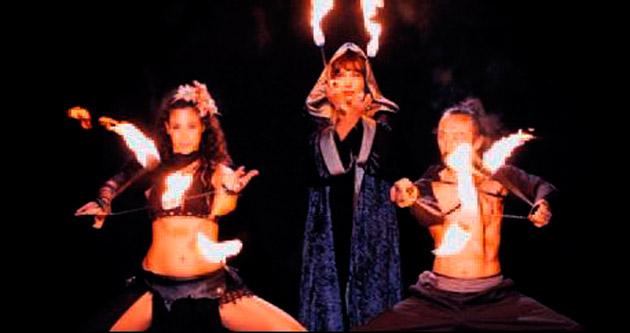 Seyyal Taner'den ateş dansı
