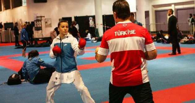 Serap Özçelik dünya şampiyonu oldu