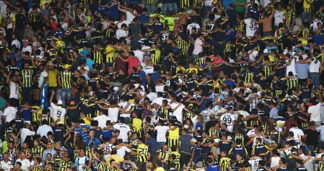 Fenerbahçeli taraftarların kombineleri iptal edildi