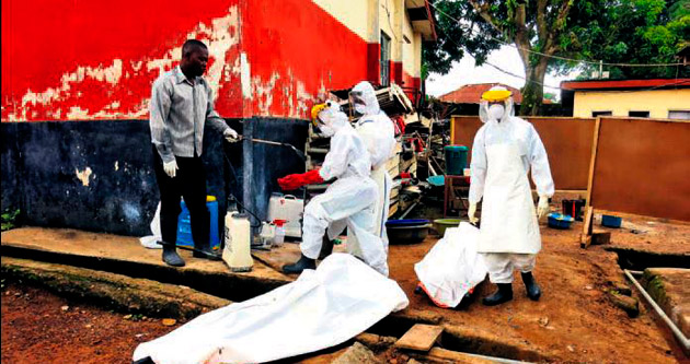 Eboladan ölen 5 bin kişiyi gizlice gömdüler