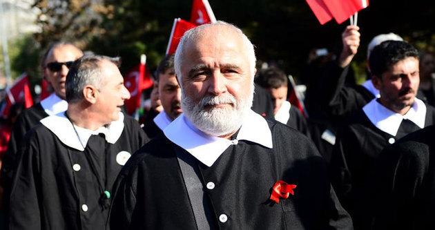 Siyah önlüklerle Atatürk'ü andılar