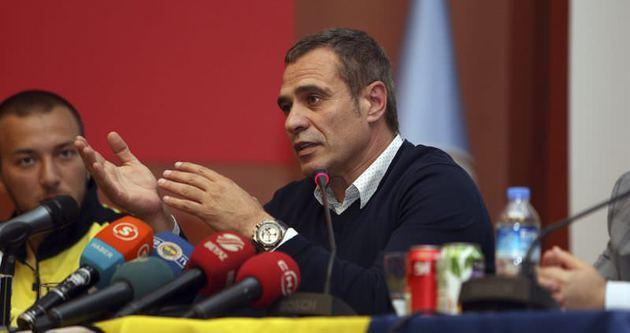 Ersun Yanal Galatasaray ile başlayacak