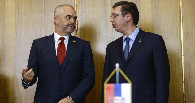 Başbakanların Kosova gerginliği
