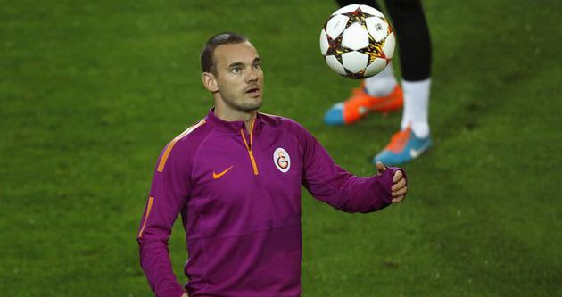 Sneijder'i Fenerbahçe'ye satarım