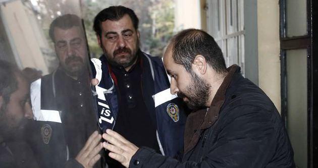 Gözaltına alınan polisler sağlık kontrolünden geçirildi