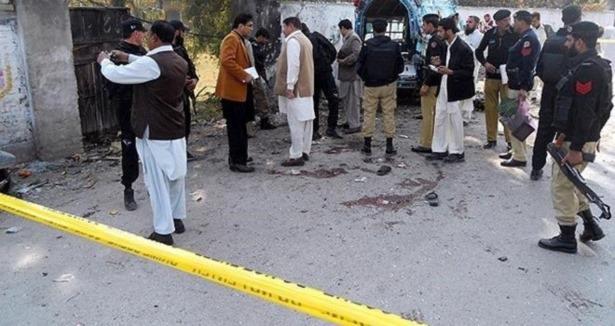 Pakistan'da silahlı çatışma: 5 ölü
